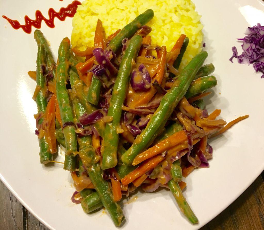 Thai Veggies in Peanut Sauce
