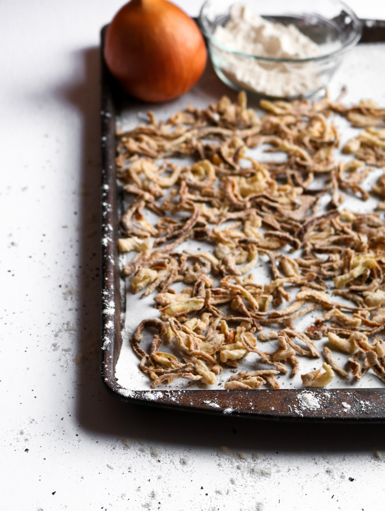 French Fried Onions in the Air Fryer - healthy, easy, and delicious! #vegan #airfryer #recipe #onions // plantpowercouple.com