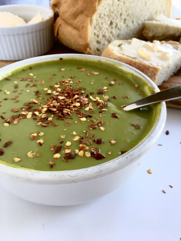 Creamy Spinach Soup that's hella healthy and can be made in your blender in under 30 minutes from start to finish! We are obsessed! // plantpowercouple.com