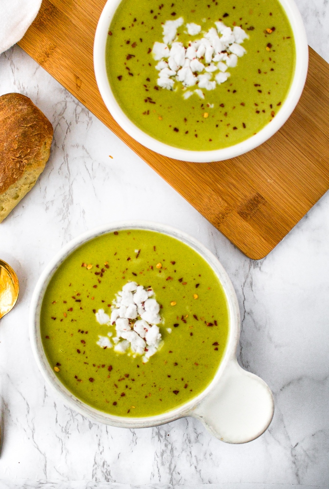This creamy vegan spinach soup is my FAVORITE vegan spinach recipe! It's easy to make in a Vitamix or other high-powered blender. The recipe itself is oil-free, gluten-free, and dairy-free and is packed with hidden nutrients from healthy ingredients like potatoes, red lentils, and miso paste! You'll love the flavor and luxurious creamy texture (even though there's not a drop of heavy cream in it!).