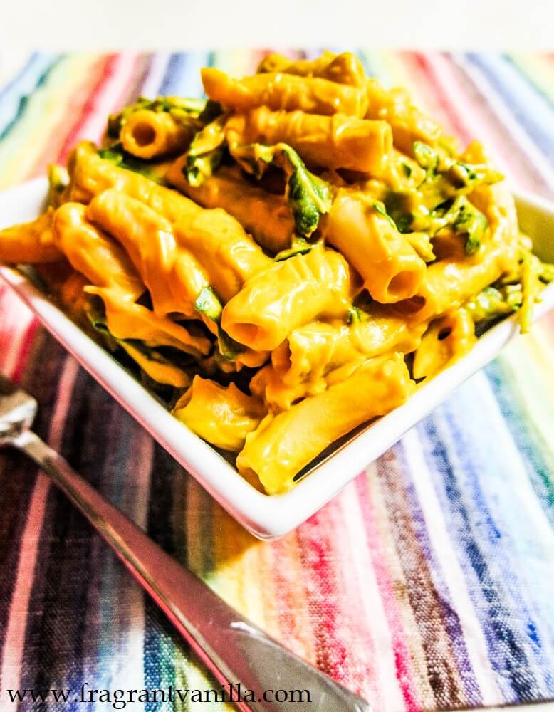 10 (Vegan) Ways to Get Your Greens That Aren't Salad or Gross: Chipotle Mac and Cheese with Greens by Fragrant Vanilla