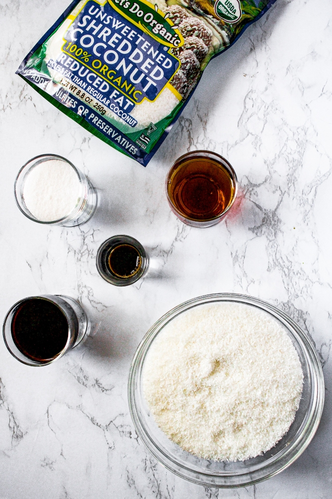 Ingredients in coconut bacon salt: shredded coconut, soy sauce, liquid smoke, maple syrup, and sea salt.