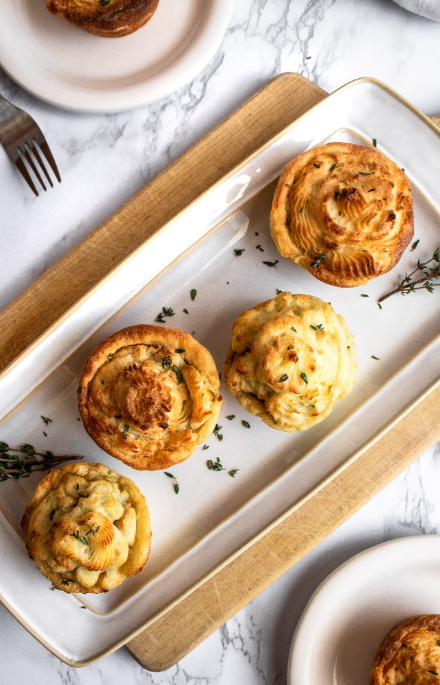 This savory Vegan Cottage Pie Cupcake is a veganized - and slightly fancified - version of a classic comfort food and an old favorite. #vegan #dairyfree #vegancottagepie #vegancomfortfood #vegetarian #veganrecipe